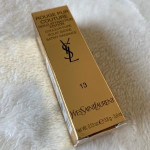 💋💄 Yves Saint Laurent lipstick Gold At traction